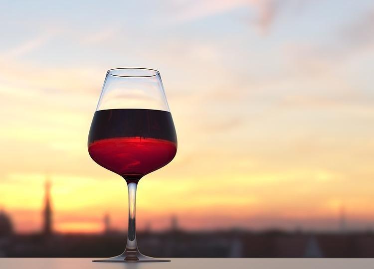 Почему вино назвали вином?